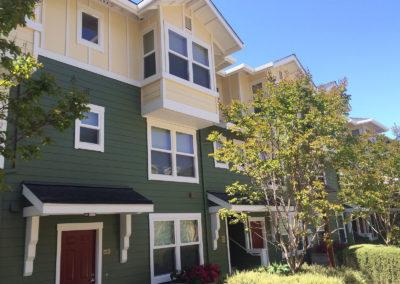 Oak Court Apartments